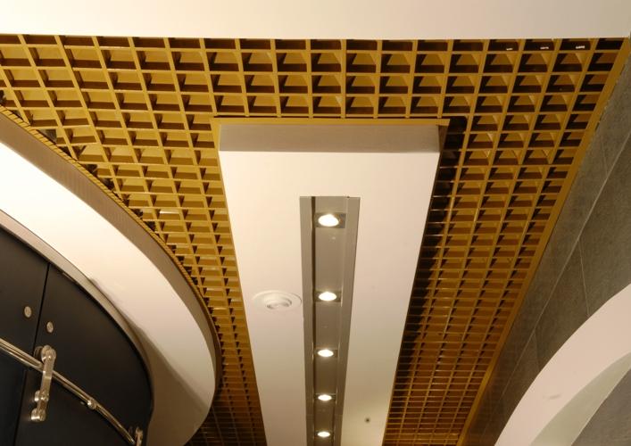 Монтаж электропроводки в доме Потолки из гипсокартона фотографии