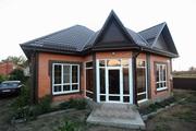 Добротный  дом с современным дизайном и мебелью