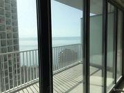 Квартира-студия 50 м² на 10 этаже 27-этажного монолитного дома