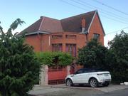 Продам трехэтажный дом в центральном районе Новороссийска