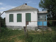 Земельный участок и добротный дом в ст. Петропавловской
