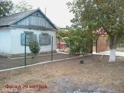 В очень хорошей станице-дом 42 м2. участок 7 сот. до моря 45 км./