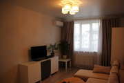 Большая двухкомнатная квартира с отличным ремонтом в хорошем доме!
