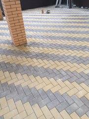 Вибро укладка тротуарной плитки.