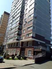 Продам отличную двухкомнтную квартиру в мкр ЧМР